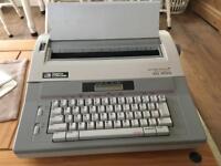 Smith Corona XD 4700 electronic typewriter