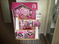 Kid craft dolls house