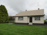 2 Bedroom detached bungalow in countryside near A1 carriageway
