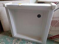 BRAND NEW – 800 x 800 Luxury Shower Trays – ONLY £30