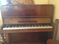 Piano (upright) FREE