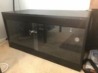 4x2x2 black wooden vivarium
