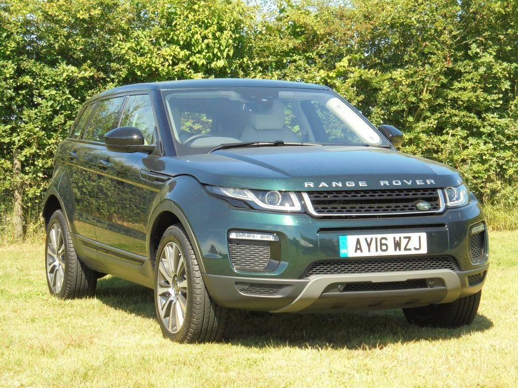 land rover range rover evoque td4 se tech green 2016 03 01 in colchester essex gumtree. Black Bedroom Furniture Sets. Home Design Ideas