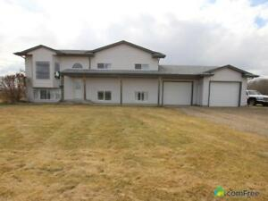$449,999 - Acreage / Hobby Farm / Ranch in Parkland County