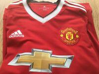 Men's Manchester United Football Top Size M (Schweinsteiger)
