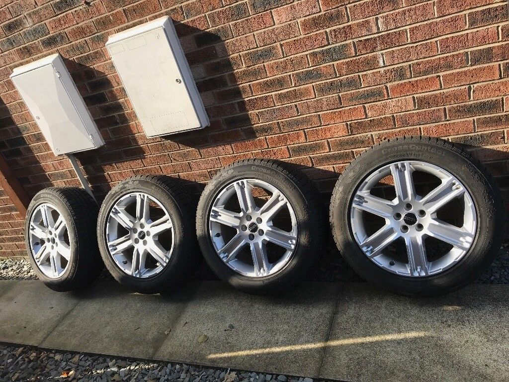 """Range Rover 19"""" Alloy Wheel With Winter Tyres (set of four)"""