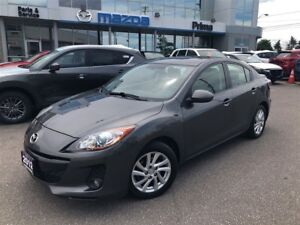 2012 Mazda Mazda3 GS-SKY, LEATHER, SUNROOF, LOW MILEAGE