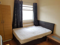 A large double room near to Upton Park Tube station