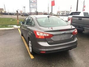 2012 Ford Focus SE Drives Great Very Clean !!!! London Ontario image 3