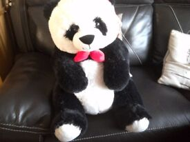 Large panda new never been played with ideal Christmas present