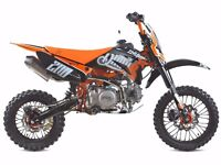 Pit bike Thumpstar 140cc completely NEW!!!