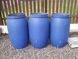 ££SUMMER IS HERE££ JOB LOT OF 3 GARDEN/FARM WATER/STORAGE TUBS/DRUMS DUNDEE/DELIVER ££CHEAP££