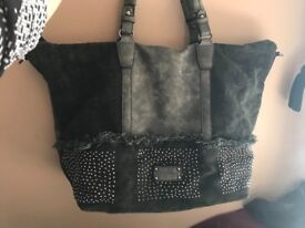 Emily & Noah designer handbag. 100% real, never used.