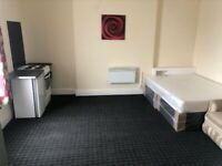 REGIONAL HOMES ARE PLEASED TO OFFER: FIRST FLOOR STUDIO FLAT, HOLYHEAD RD, HANDSWORTH, DSS ACCEPTED