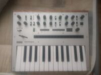 Korg Monologue, great condition, comes with box and PSU