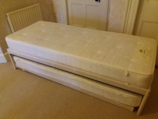 huge selection of 39dc0 7ad9f Small single trundle bed with Hypnos mattresses to form zip and link double  bed   in Tavistock, Devon   Gumtree