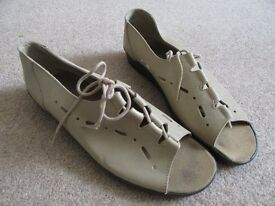 Hotter Ladies shoes, size 8