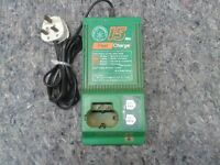 HITACHI BATTERY CHARGER 15 MINS