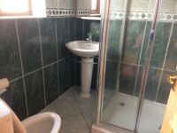 En suite / toilet ,sink cubicle