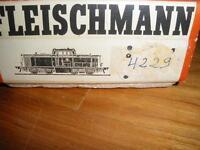 FLEISCHMANN 4229 DIESELLOK 212 258-12 TOP in OVP Berlin - Treptow Vorschau
