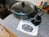 Paella maker, electric. Only used once, comes with instructions.