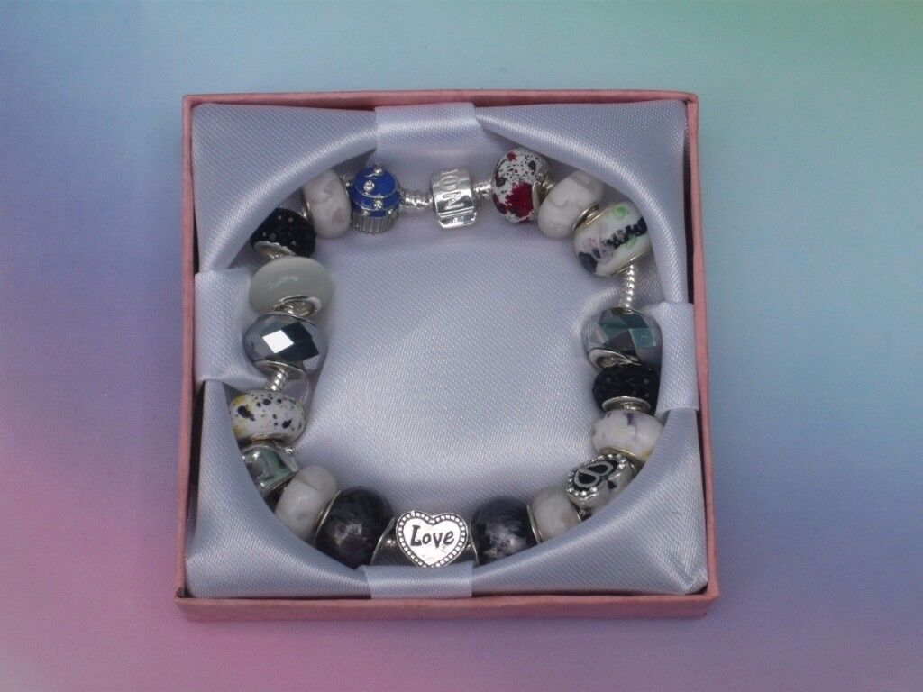 Love Stunning Adult Charm Bracelet Gift Box Christmas Present or Stocking Filler