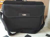 Targus Shoulder Bag,Laptop Carry Case,Commuters Bag- Black