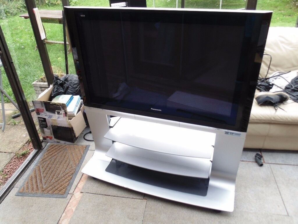 Panasonic Viera 42 inch HD Plasma TV ★ Factory Floor Stand and Remote ★ Very Good Condition ★