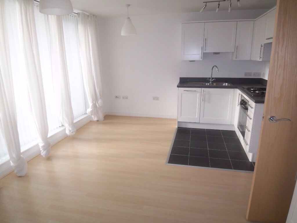 @ Modern Studio Apartment Close to Transport Links - Greenwich/Deptford - Seperate sleeping area!