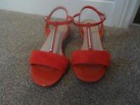 Ladies Suede sandals