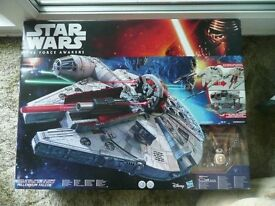STAR WARS MILLENIUM FALCON THE FORCE AWAKENS BATTLE ACTION BRAND NEW BOXED