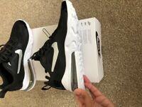 Nike Air Max React 270 size 5