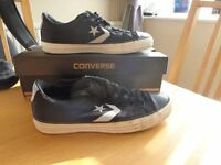 Converse all stars size 7 unisex with box