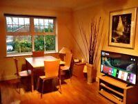 Short Term Modern 2 Bedroom 2 bathroom Flat in Woking Town inc Bills