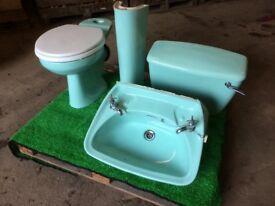 Royal Doulton bathroom suite.