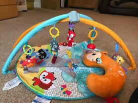 Fisher price play mat and tummy time