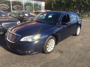 2014 Chrysler 200 Touring***CREDIT 100% APPROUVE***