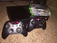 Xbox One 500gb - 2 pads - 4 games