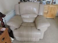 leather recliner armchair (mains power)