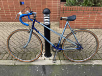 Vintage Raleigh Road Bike (ready to ride, includes bell)