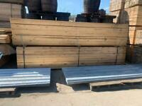  WOODEN / TIMBER SCAFFOLD BOARDS / PLANKS - 3.9M