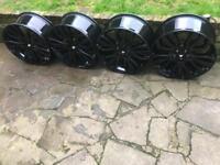 Set of 4 22inch range rover alloys