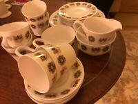 Tea Set for 6 people - Retro Bone China - Colclough