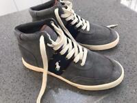 Boys Ralph Lauren boots size 5