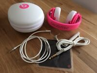 Headphones: Beats Audio Mixr Limited Edition in colour neon pink