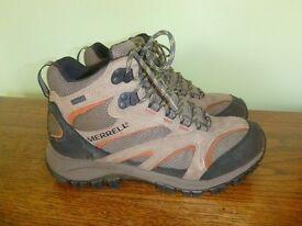 Merrell Walking boots Sz 8