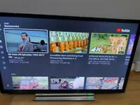 32INCHES TOSHIBA LED SMART TV WITH REMOTE IN PERFECT WORKING CONDITION