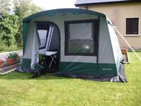 SPACEMAKER FREESTANDING DRIVEAWAY AWNING