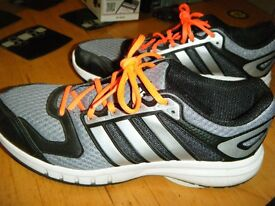 Adidas running trainers size 9