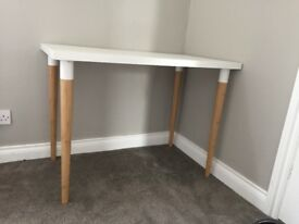 IKEA White Table with detachable brown legs